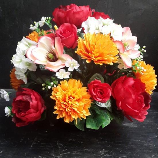 Composition funéraire potée lestée avec magnolia et pivoine couleur rouge H32 cm